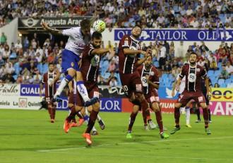 Wilk remate ante el Córdoba